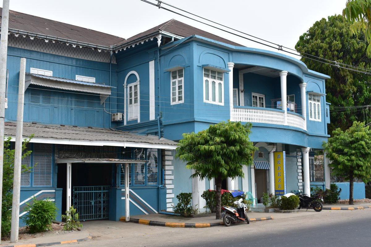 Breeze guesthouse in Mawlamyine